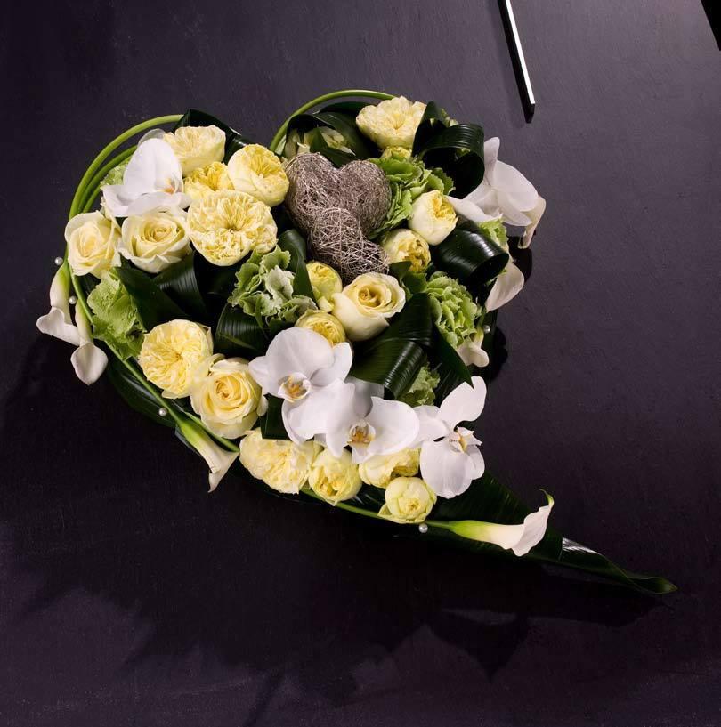 Bloemenwinkel Kennes dichtbij Duffel is gespecialiseerd in rouwstukken