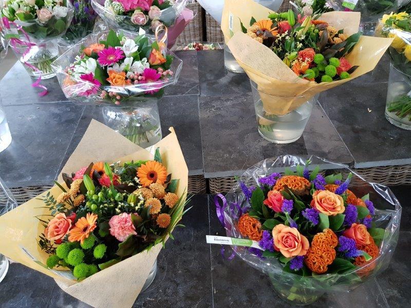 Boeketten bloemen in onze bloemenwinkel